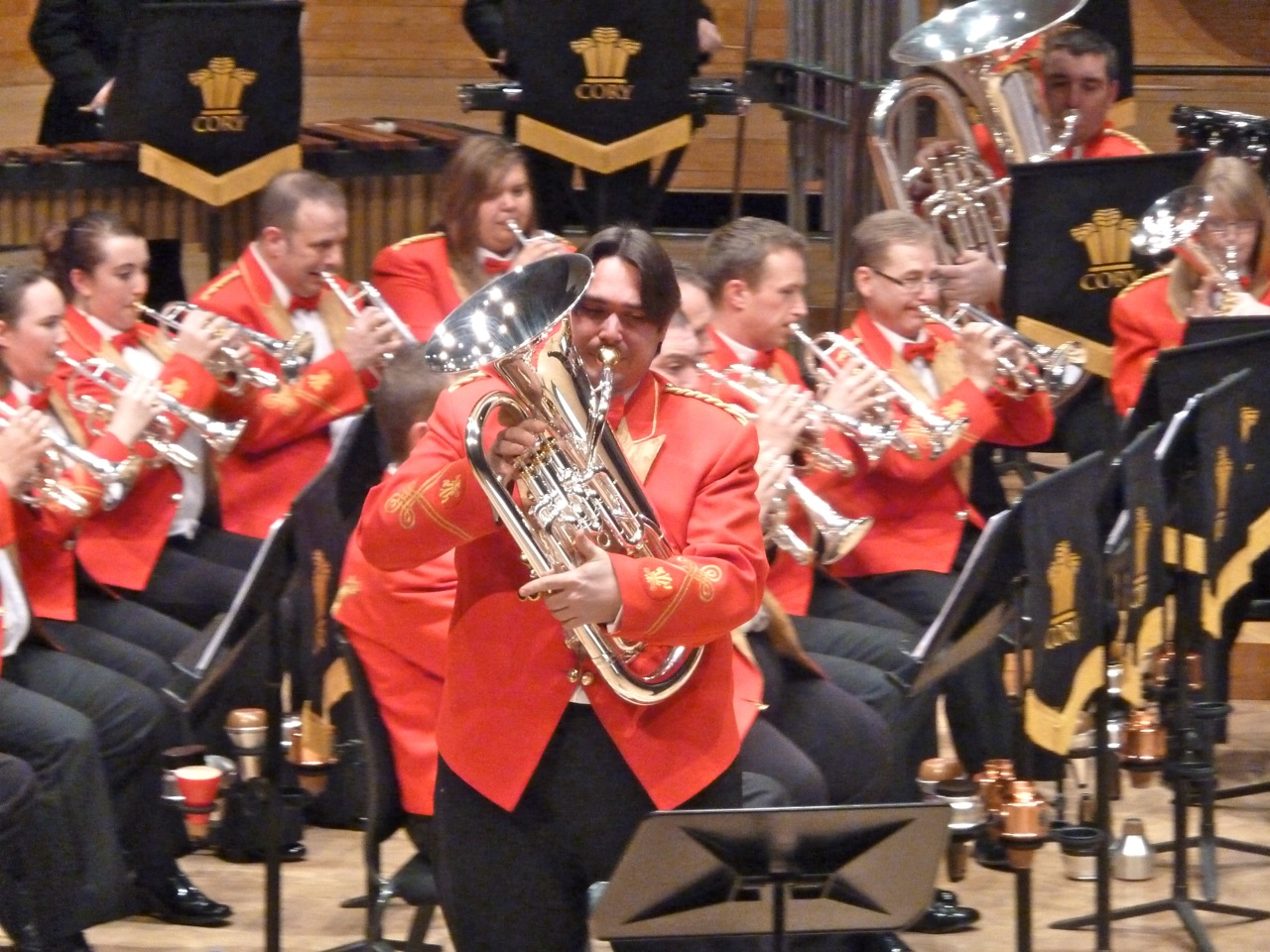World Premiere BB Version: Dave Childs and The Cory Band, conducted by Bob Childs, January 29th, 2012 at the RNCM Manchester.